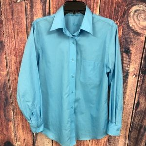 FOXCROFT BLUE WRINKLE FREE BLOUSE 8